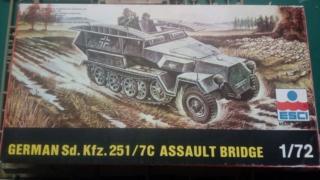 Sd.Kfz. 251/7  - Esci - 1/72 11-06-13