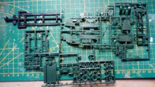 Halftrack M3 -- Revell -- 1/76 15-11-10