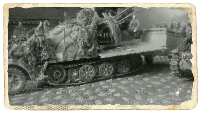 Achtung JABO ! Sd.Kfz. 7/1 (Revell)---- 1/72 19-12-11