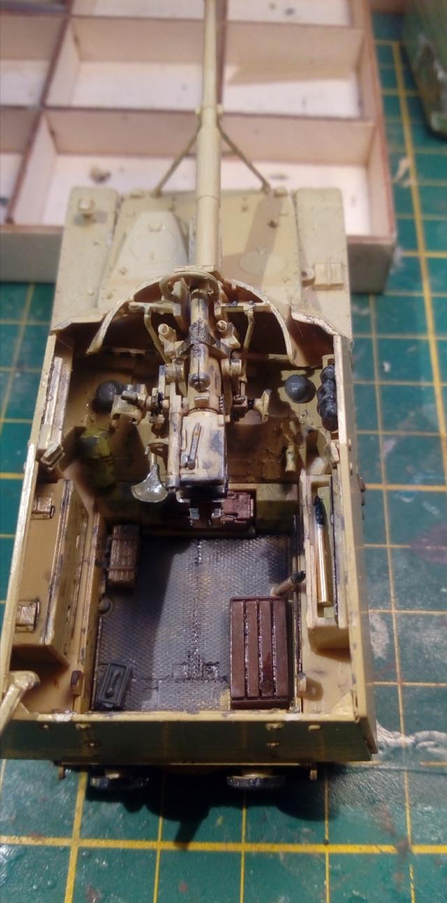 """Sd.Kfz 164 """" Nashorn """" --Revell -- 1/72 26-12-10"""