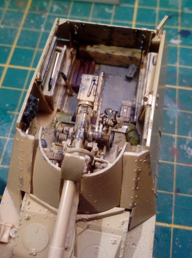 """Sd.Kfz 164 """" Nashorn """" --Revell -- 1/72 26-12-11"""