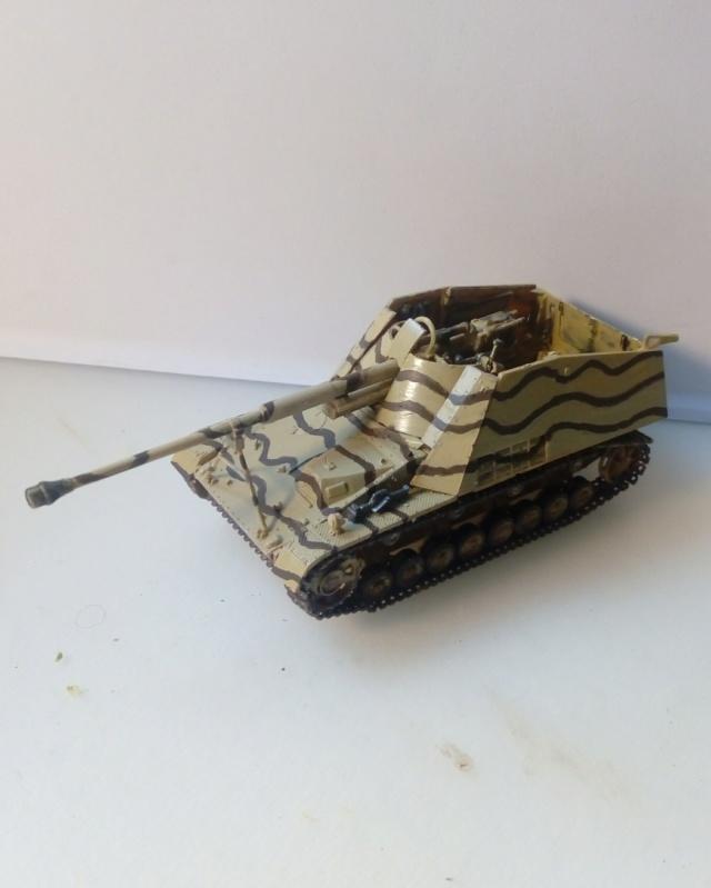 """Sd.Kfz 164 """" Nashorn """" --Revell -- 1/72 27-12-10"""