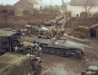 83ème Division d'Iinfanterie US - The Ragtag Circus - Sd.Kfz. 251 & Halftrack M3 - 1/72 Fb_img14
