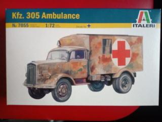 Opel Blitz Kfz 305 ambulance - italieri -- 1/72 Img_2023