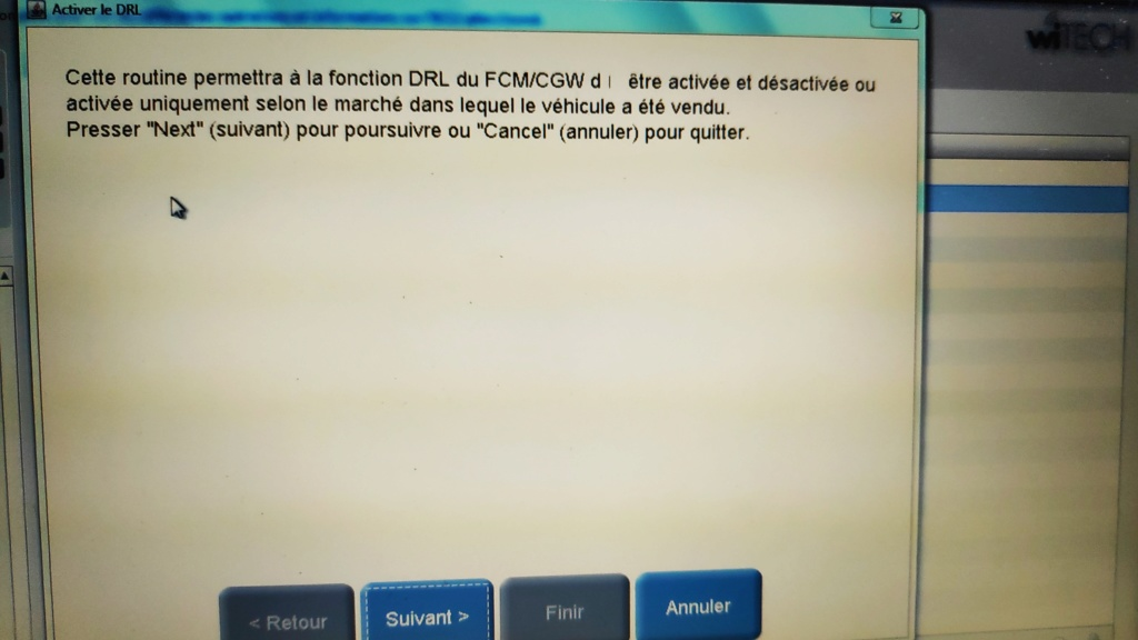 feux drl sur challenger Img_2011