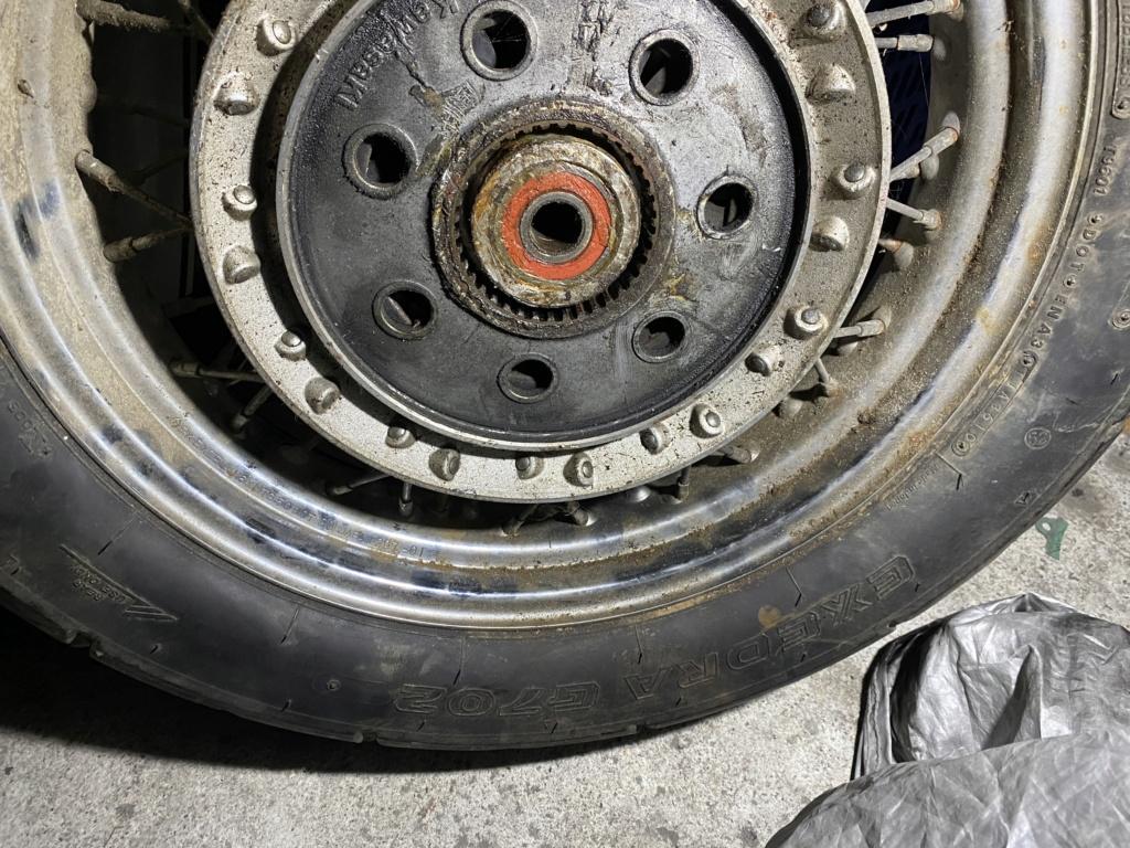 PETITES ANNONCES - Donne roue arrière vn 1500 classic 96 F3648910
