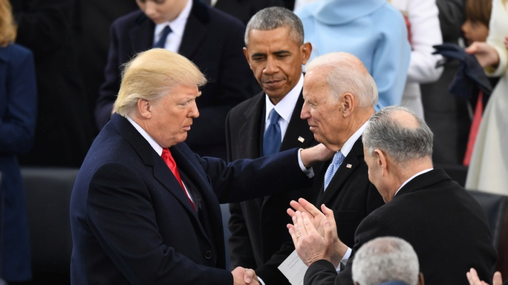 ¿Cuánto mide Joe Biden? - Altura - Real height Trump10