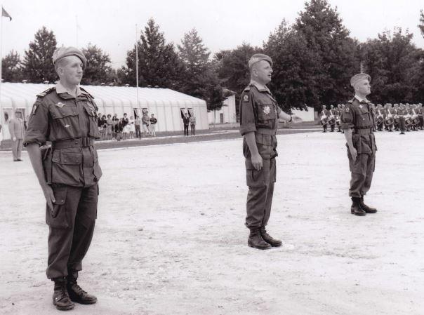 Le colonel BIGEARD au camp d'Idron en 1964 Aamci_11