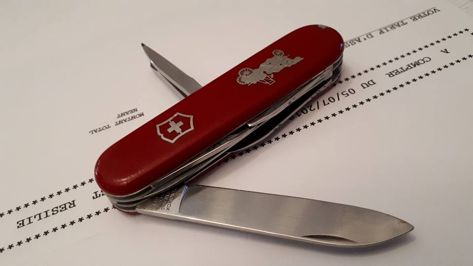 Mes 91mm rouge et ALOX 93 mm ( Victorinox ) -- ( Philippe ) 37815010