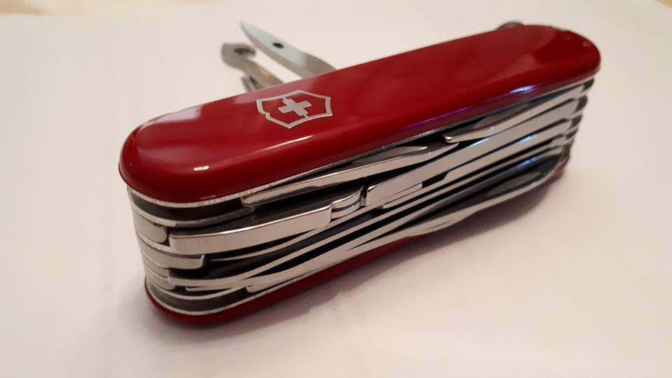 Mes 91mm rouge et ALOX 93 mm ( Victorinox ) -- ( Philippe ) 37856310