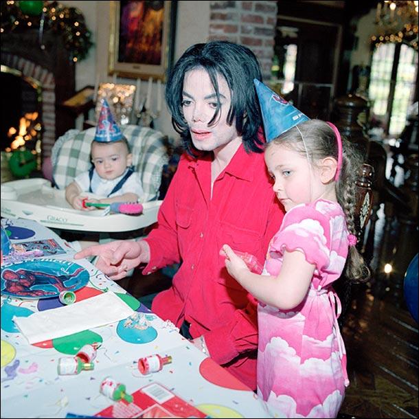 Michael et ses enfants - Page 3 Micha103