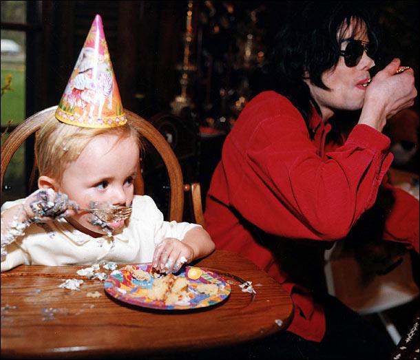 Michael et ses enfants - Page 3 Micha107