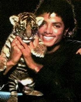 Collection MJ-Story : Michael et les animaux ^^ - Page 6 Michae17