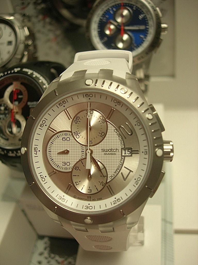 News : Swatch chrono automatique - Page 4 Dscn4338