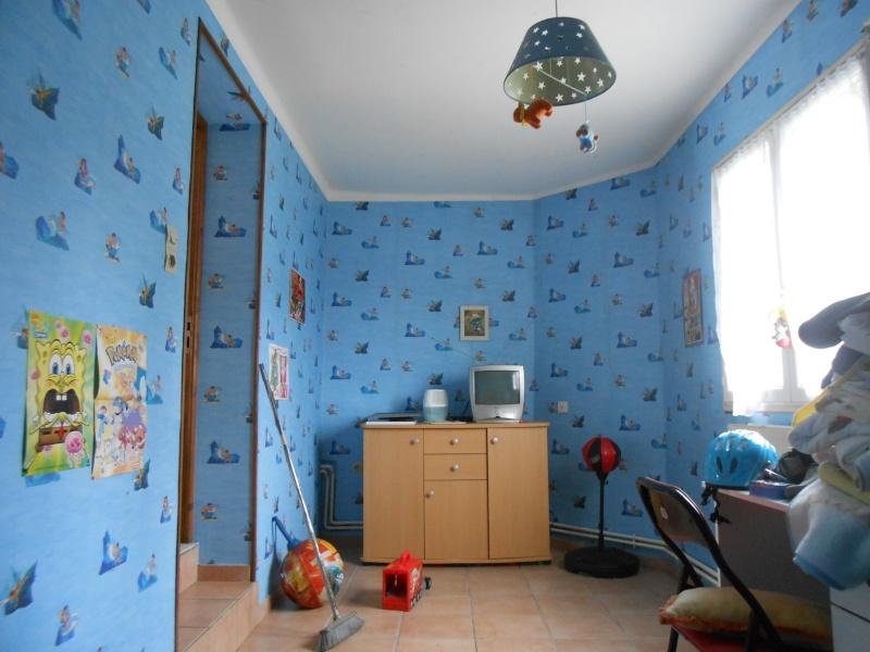 Habitat pour mes 2 futurs loulous j'espere Muppet et Sésame Dscn1911