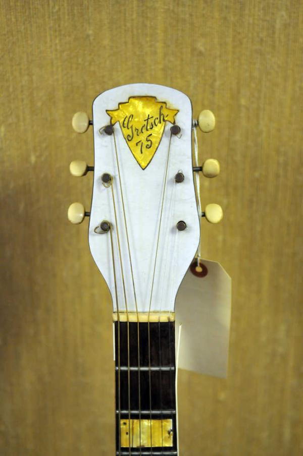 Gretsch headstocks - Page 2 Ff10