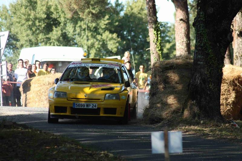 Rallye de Sarlat Périgord Noir -  3 et 4 Octobre 2009 - Page 2 Img_1221