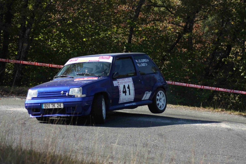 Rallye de Sarlat Périgord Noir -  3 et 4 Octobre 2009 - Page 2 Img_2118
