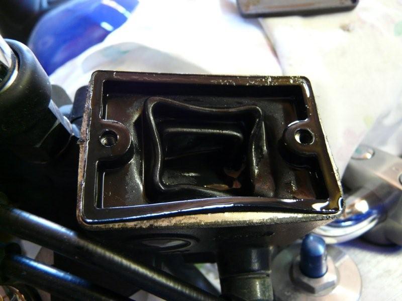 Joint du maître cylindre P1080310