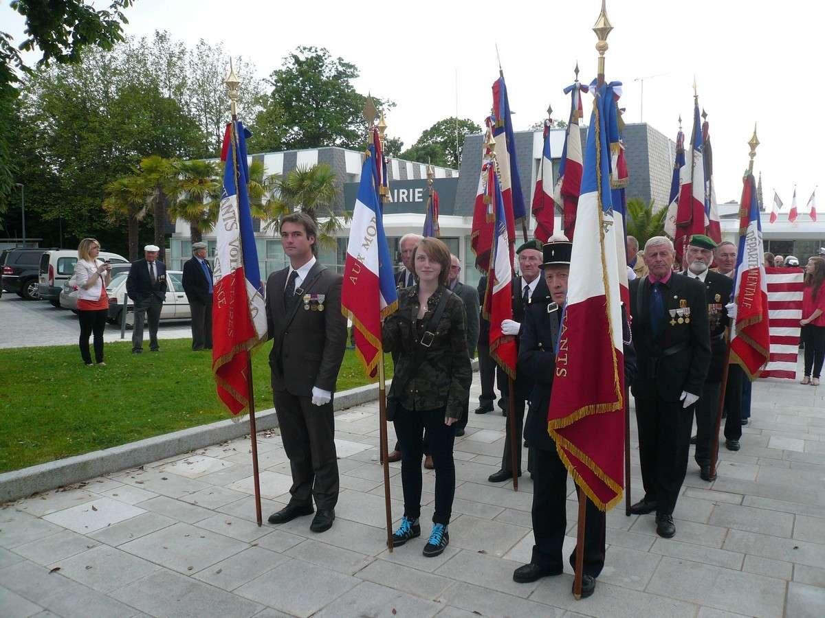 FNFL - FAFL L'appel du général de Gaulle P1110315