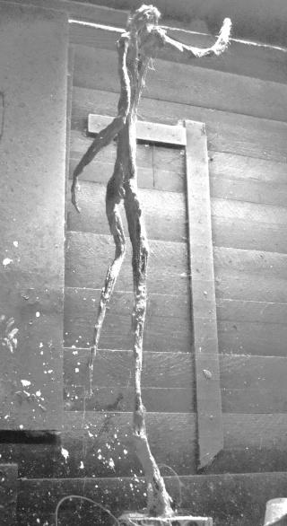 un homme qui tombe (plâtre) Novemb13