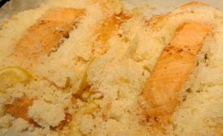 Darnes de saumon en croûte de sel Img_1517