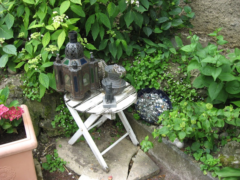 bonjour de mon jardin sous la chaleur Img_5818