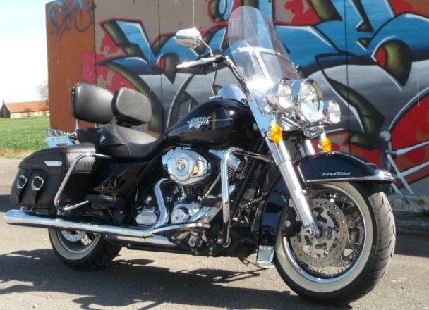 Road King uniquement, combien sur Passion-Harley  - Page 5 Rk_vu_10