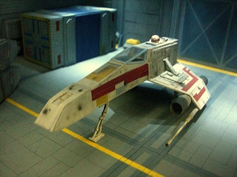 une superbe representation du hangard rebelle Fm1310