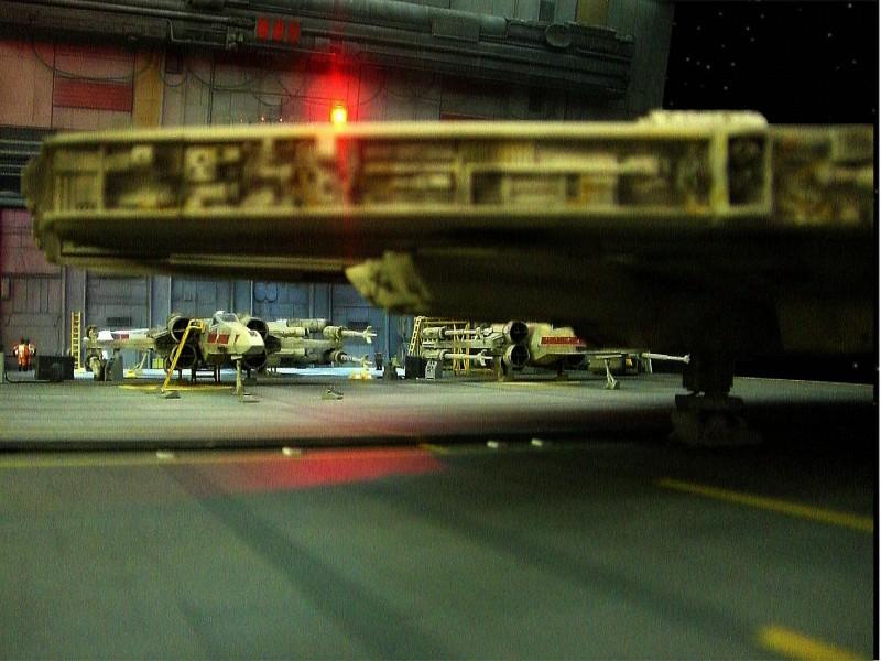 une superbe representation du hangard rebelle Fm3010