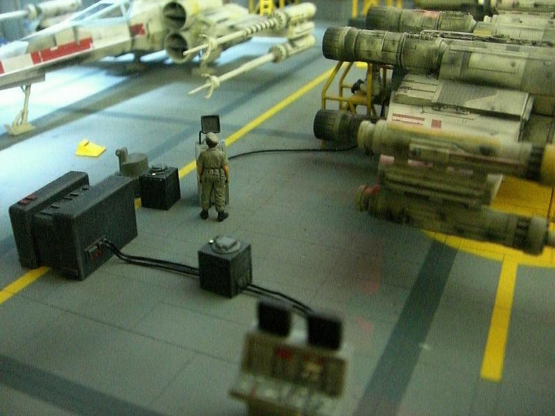 une superbe representation du hangard rebelle Fm410