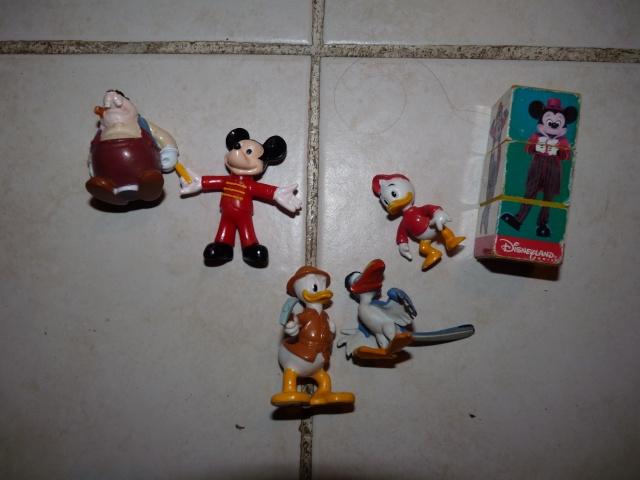 Achats brocante version Disney 01310