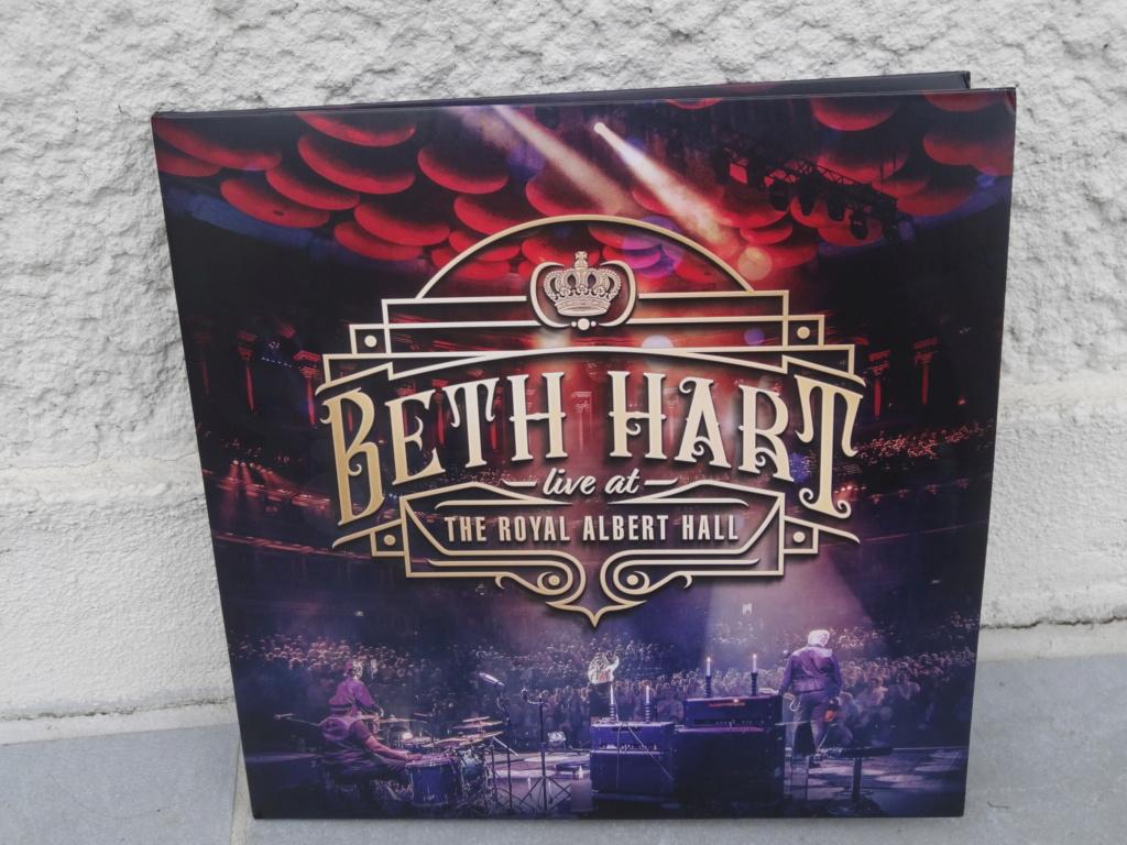 CD/DVD/LP achats - Page 18 Dsc07316