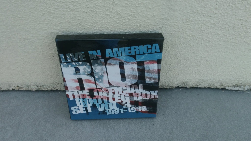 CD/DVD/LP achats - Page 20 Riot410