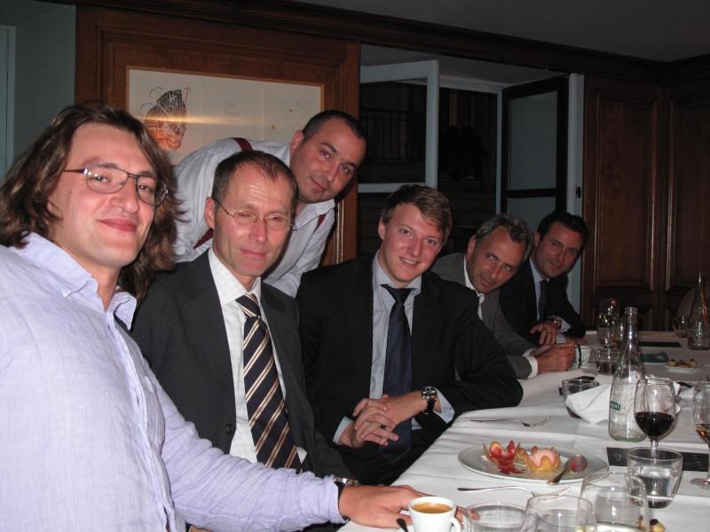 Diner Lange, la Zeitwerk enfin dévoilée. (Ajout photos salon du collectionneur 22/09/09) Img_1229