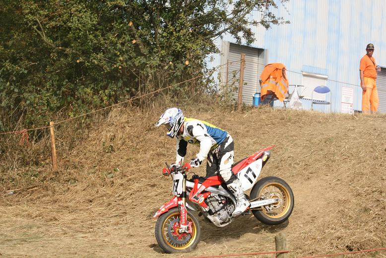 Quelques photos des califs du Super-Moto de Battice Battic12