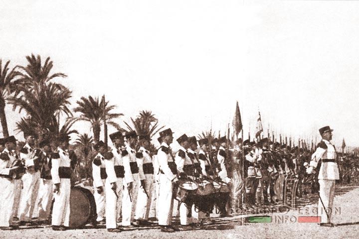 Meknès, ville de garnisons - Page 18 4rei-114