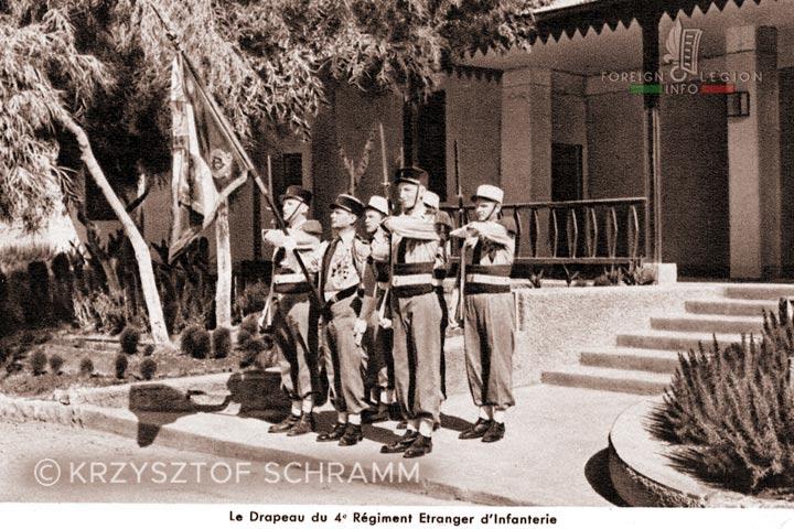 Meknès, ville de garnisons - Page 18 4rei-117