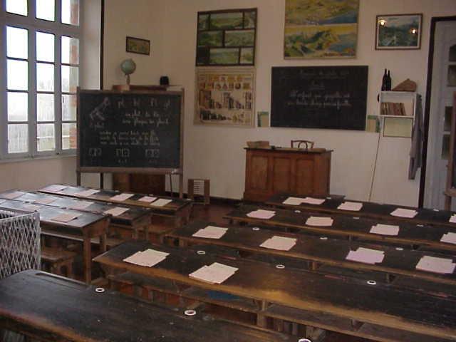 Nos écoles, nos jeux et souvenirs d'enfance 1 Cl_cla10