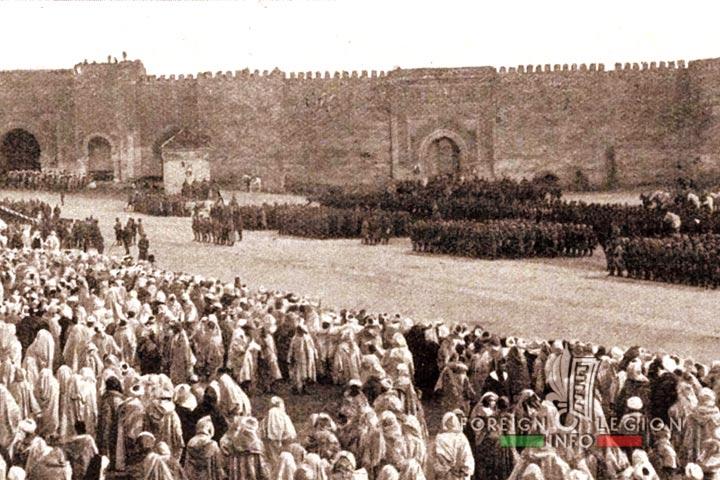Meknès, ville de garnisons - Page 18 Meknes33