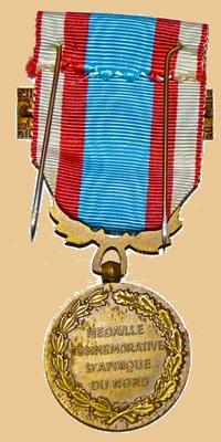 Insignes, Médailles, Ecussons Militaires et Civils - Page 16 Mzodai14