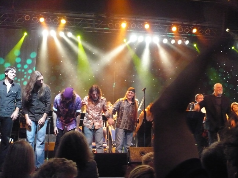 Reviews concerts autres groupes - Page 6 P1030814