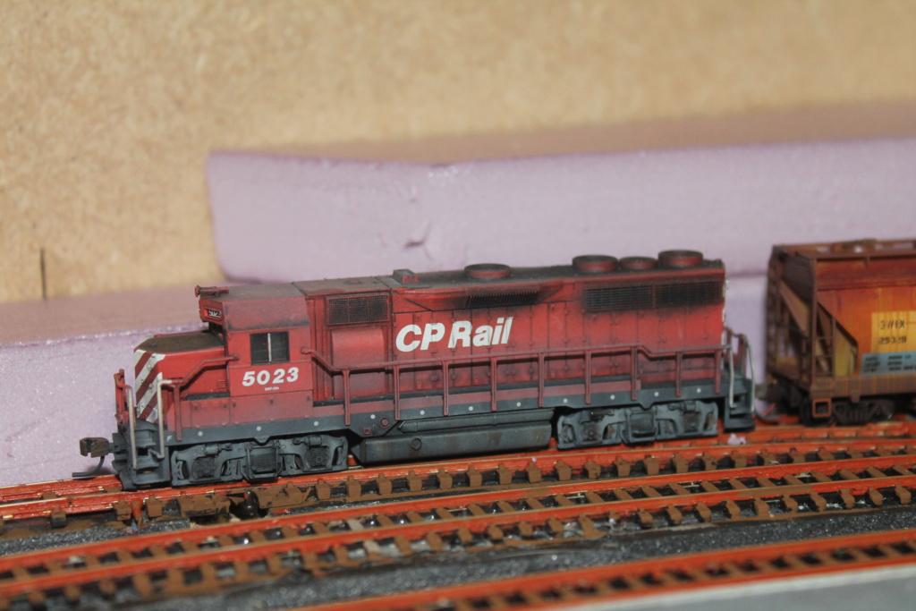 GP35 et hoppers Img_6523
