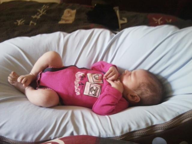 Le deuxième bébé du forum Photo010