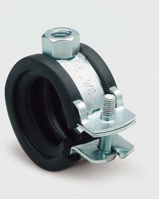 comment fixer une dynamo sur la roue arrière de mon Bacchetta Corsa - Page 2 Aix_fi11