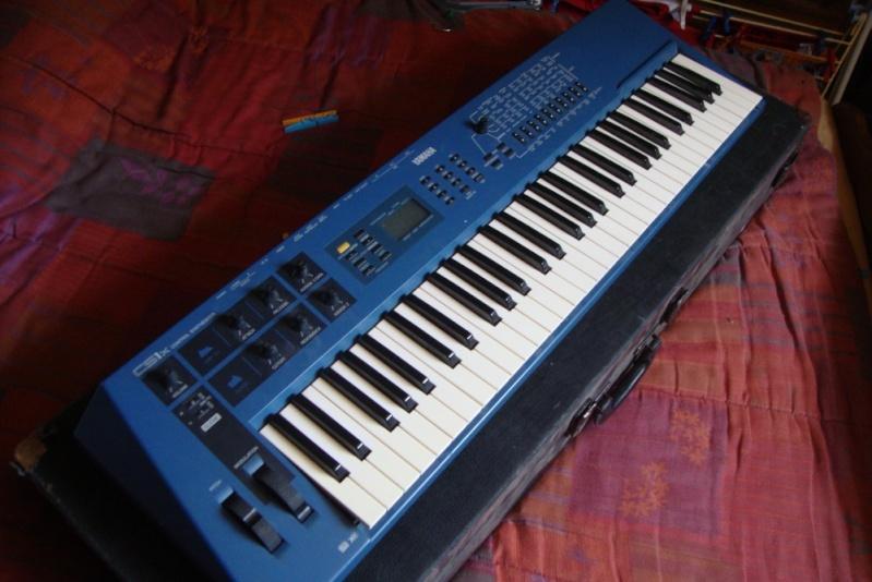 Matériel de studio : synthétiseurs, effets, BAR / workstation... Cs1x10
