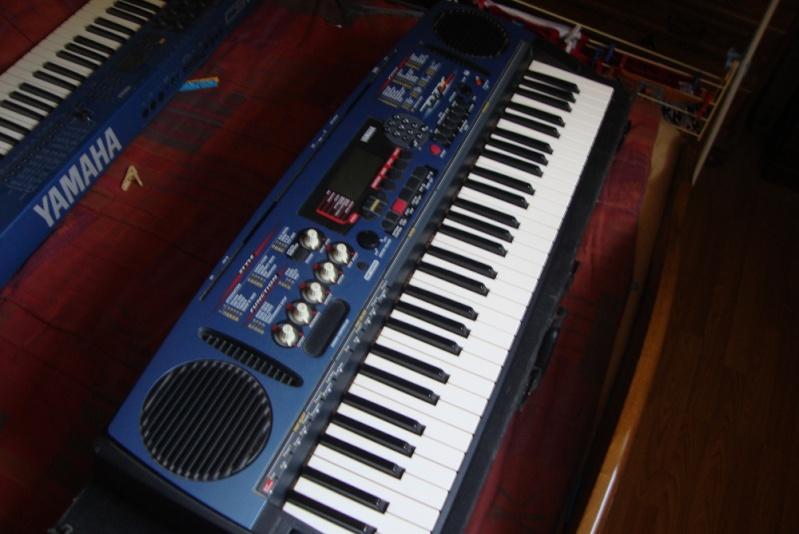 Matériel de studio : synthétiseurs, effets, BAR / workstation... Djx10