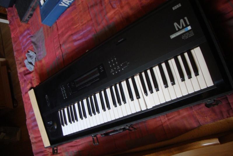 Matériel de studio : synthétiseurs, effets, BAR / workstation... M1-110