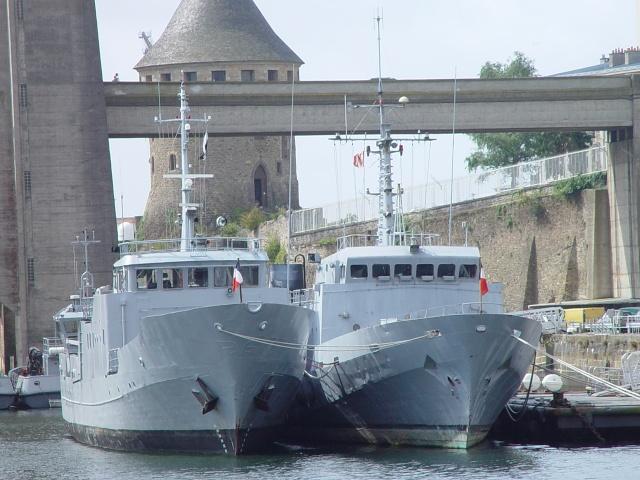 [Autre sujet Marine Nationale] Démantèlement, déconstruction des navires - TOME 1 - Page 4 15_jui11