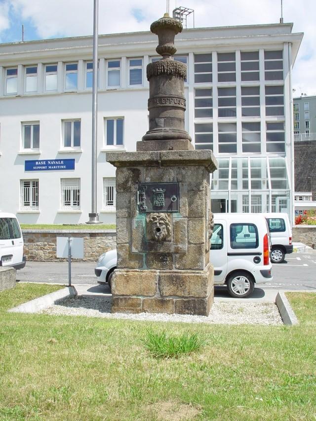 [Les ports militaires de métropole] Port de Brest - TOME 1 18_jui10
